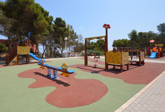 детская площадка в испании